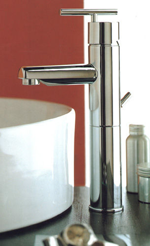Capannoli Lineaspazio Bathroom Taps